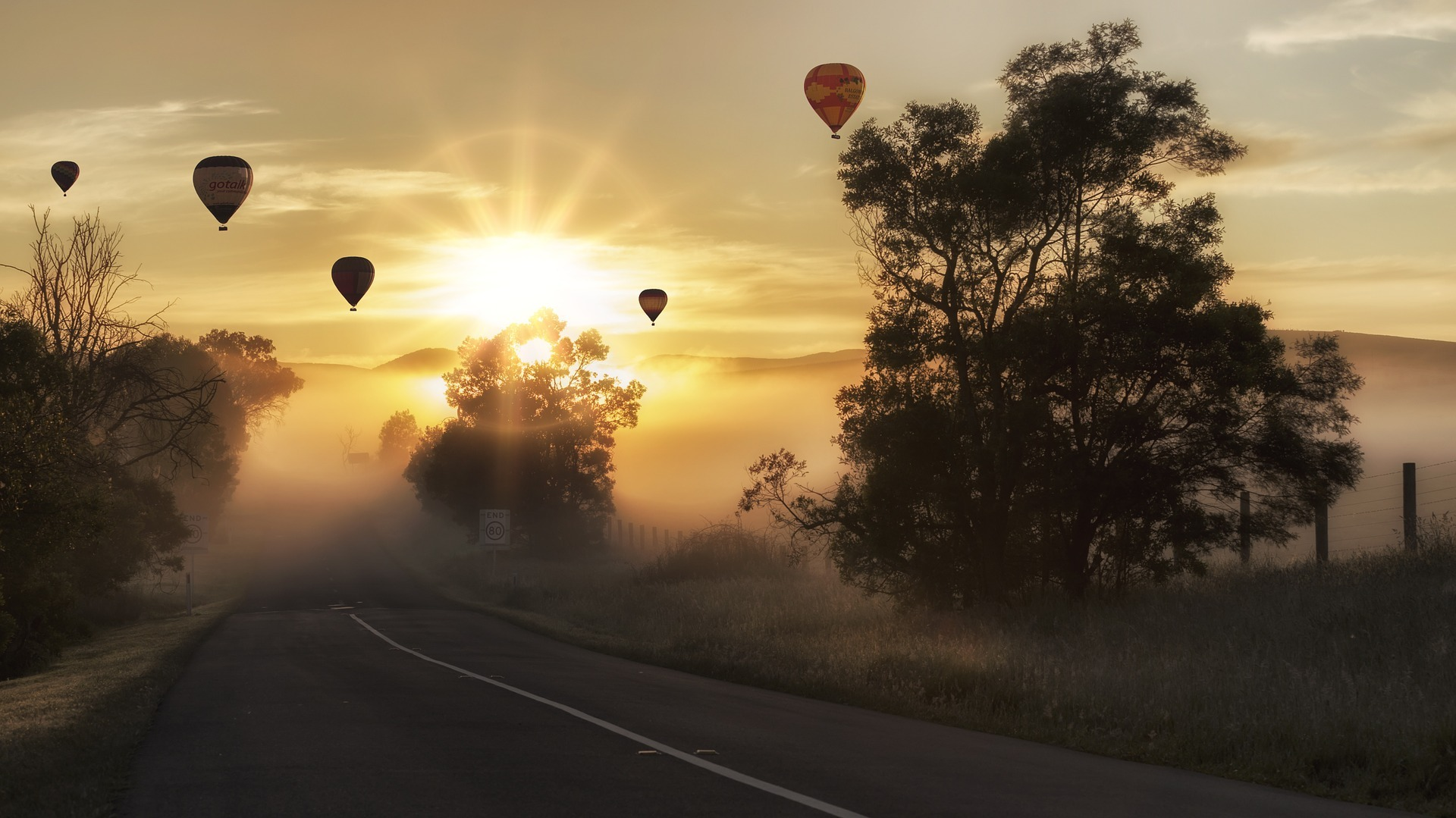 Balloons at sunrise, inspiration to divorce the drink
