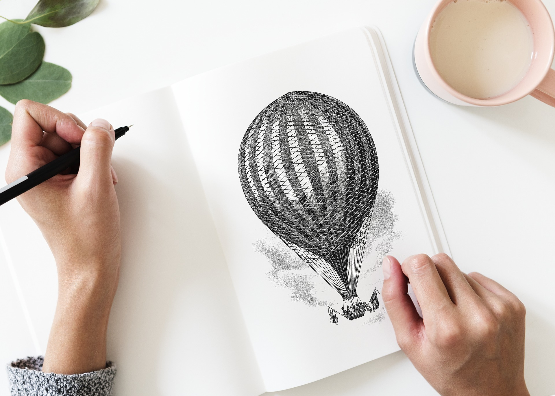 Woman drawing Balloon