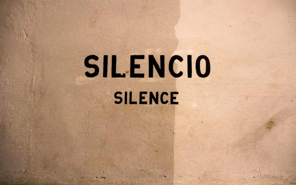 Silencio Silencing the Wine Witch Drink Now Voice