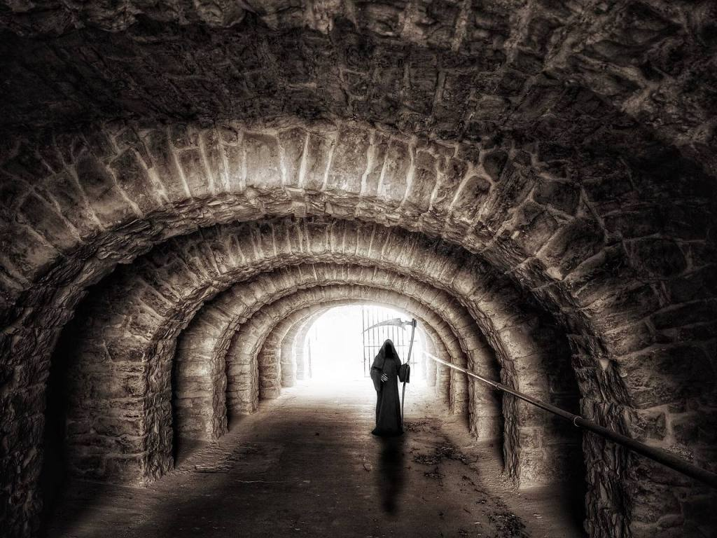 Grim Reaper in tunnel What is the Life Expectancy of an Alcoholic?